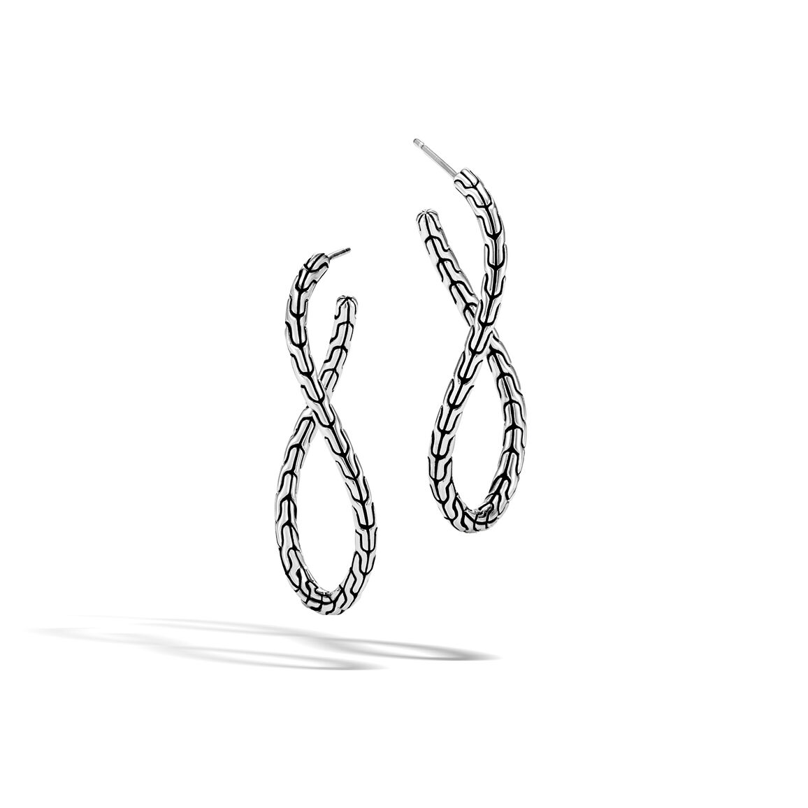 Classic Chain Twisted Hoop Earring in Silver
