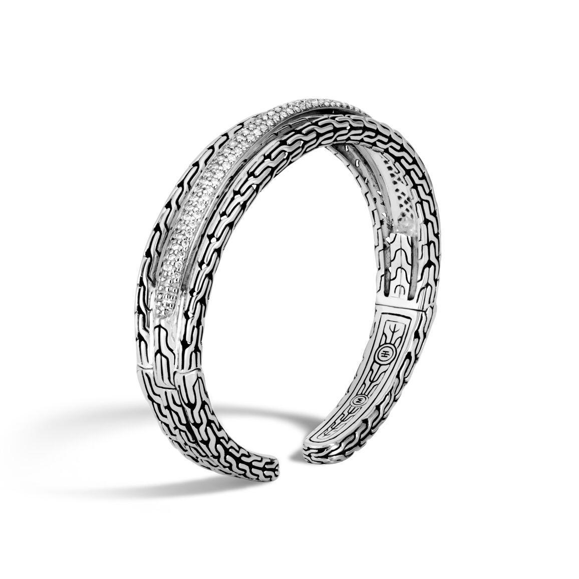 Classic Chain 15MM Cuff in Silver with Diamonds