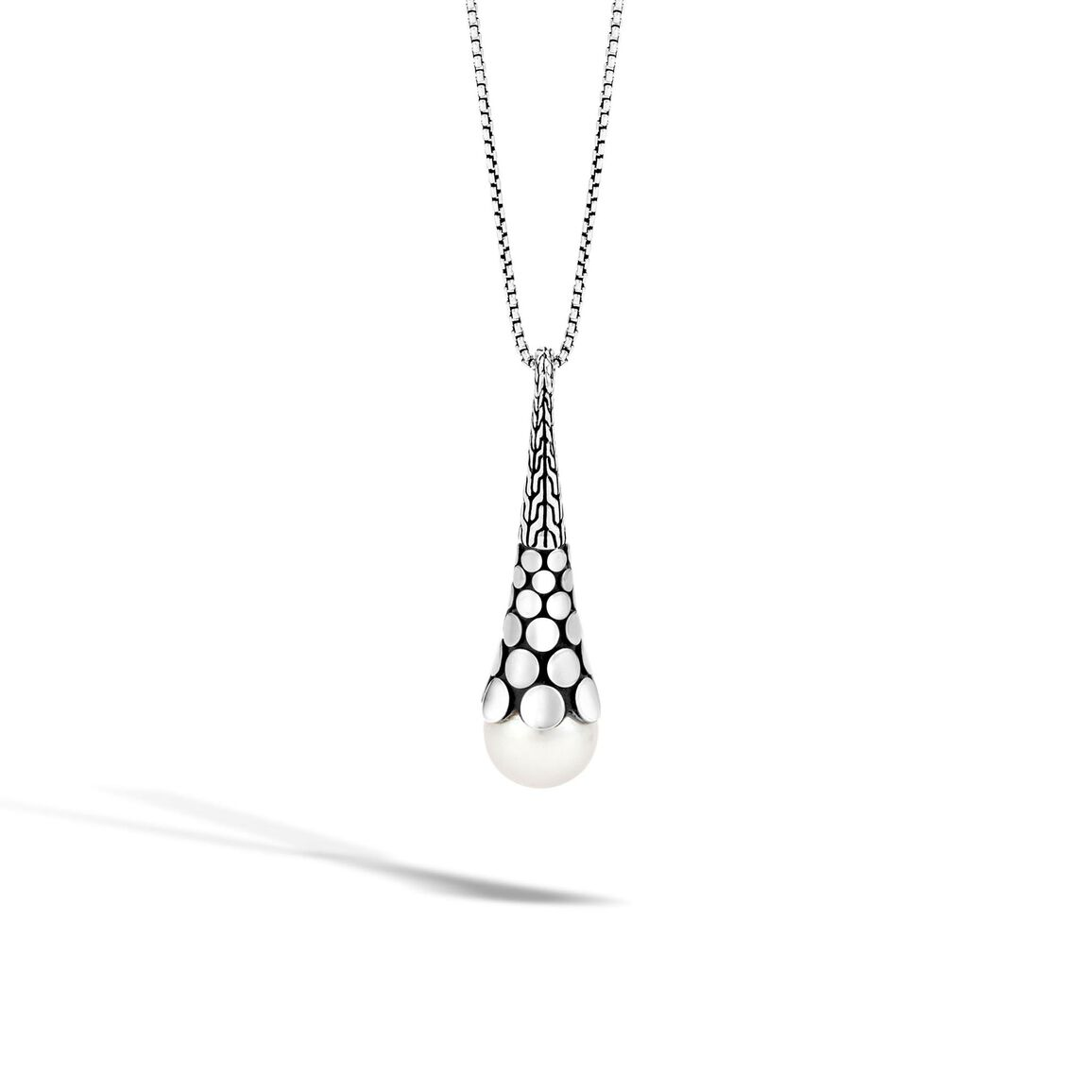 Dot Pendant Necklace in Silver with 11MM Pearl