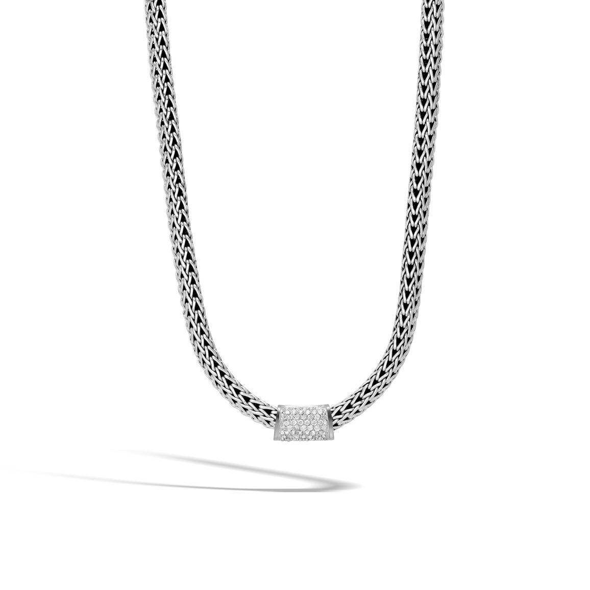 Classic Chain Pendant in Silver with Diamonds