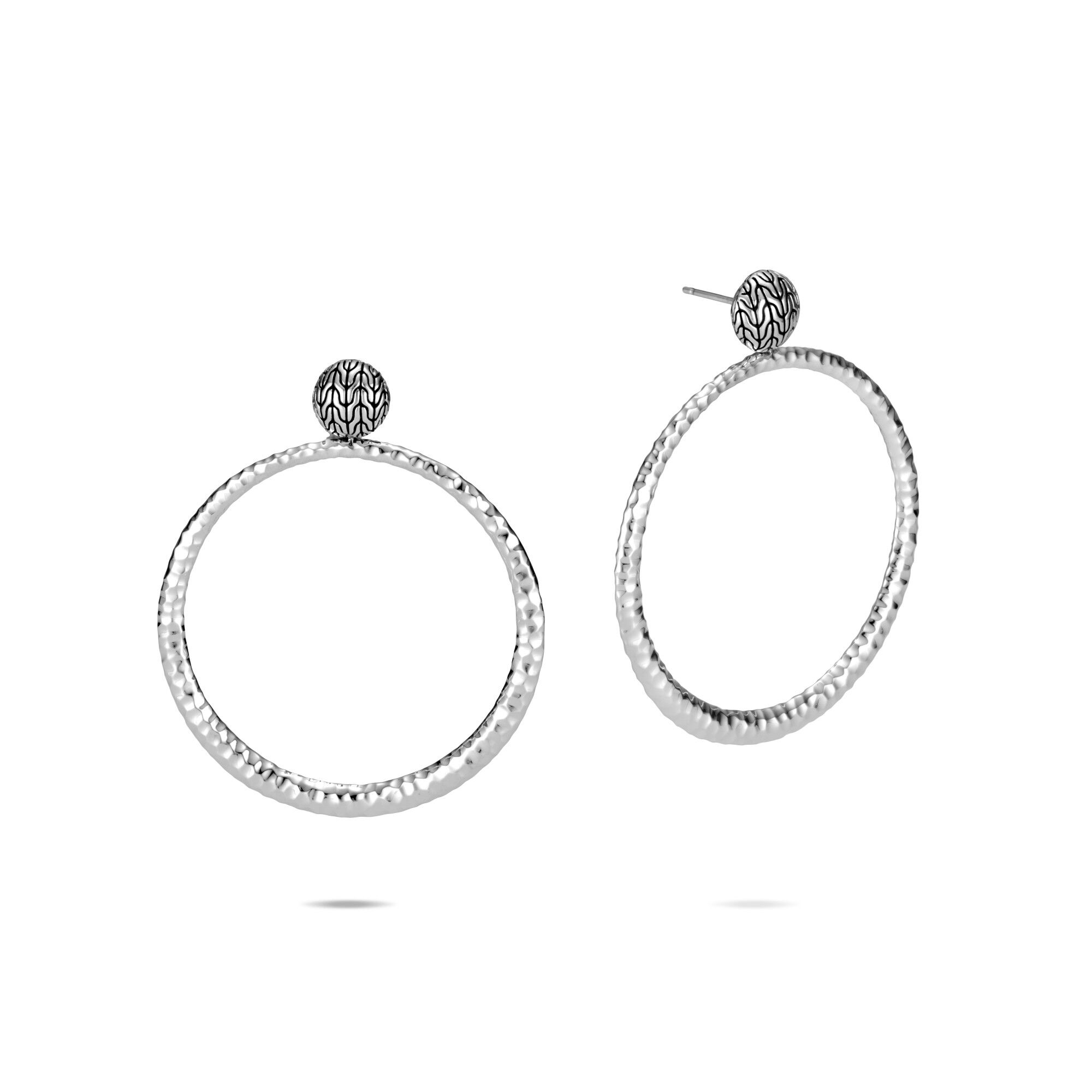 Classic Chain Round Earring in Hammered Silver, , large