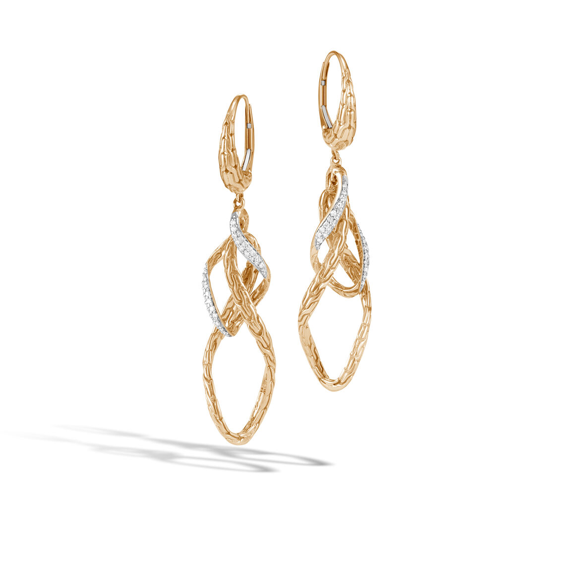 Classic Chain Wave Drop Earring in 18K Gold with Diamonds