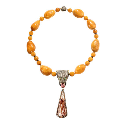 Cinta Legends Macan Necklace in 18K Gold and Baltic Amber
