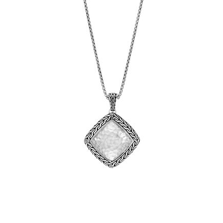 Classic Chain Hammered Pendant Necklace in Silver