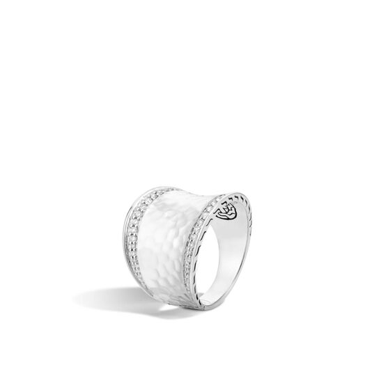 Classic Chain Saddle Ring in Hammered Silver with Diamonds, White Diamond, large