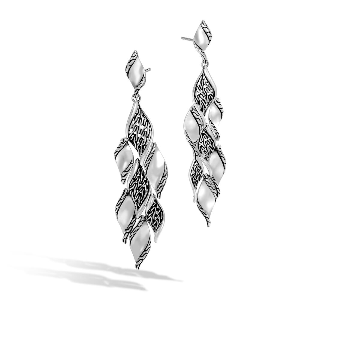 Classic Chain Wave Chandelier Earring in Silver