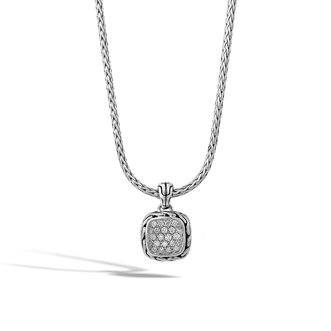 Classic Chain Pendant Necklace in Silver with Diamonds 5906caec6