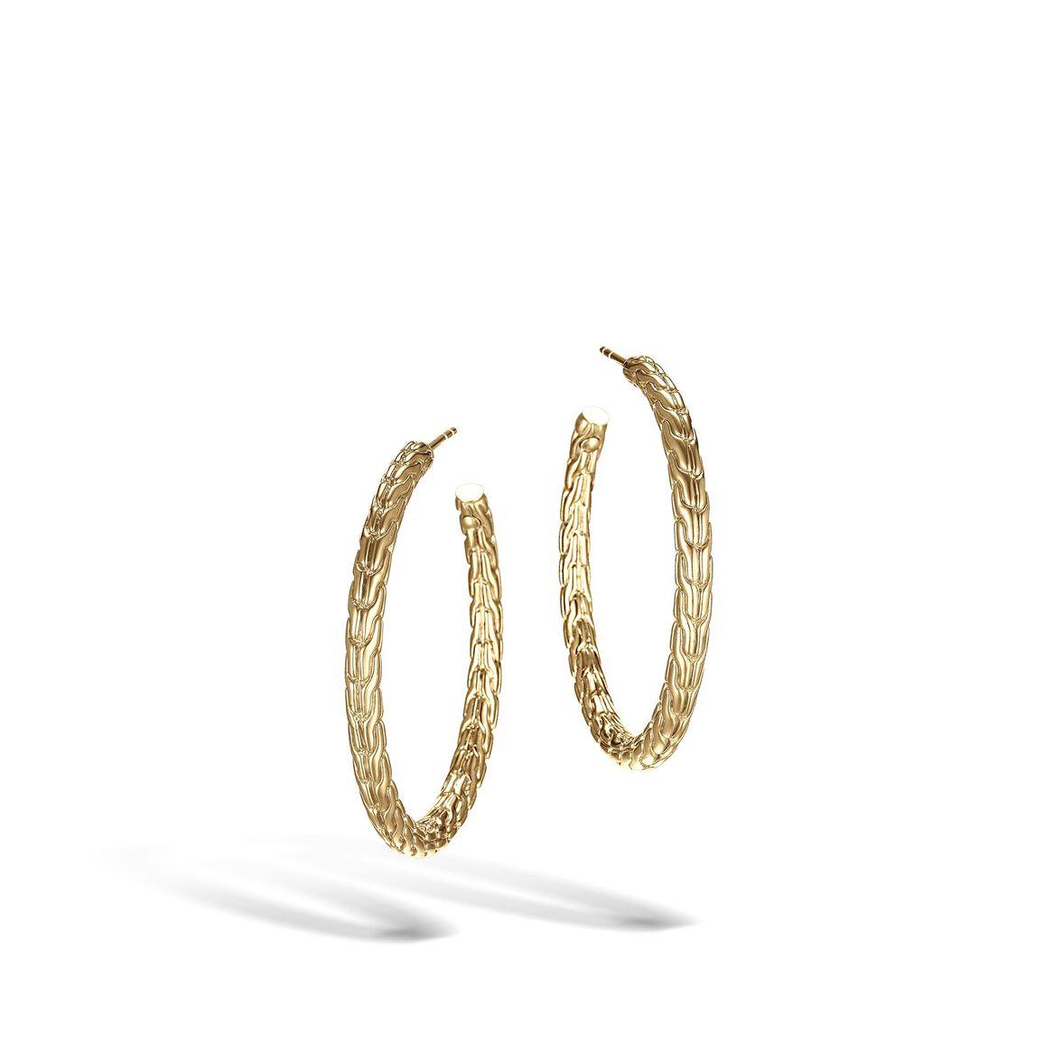 Classic Chain Medium Hoop Earring in 18K Gold