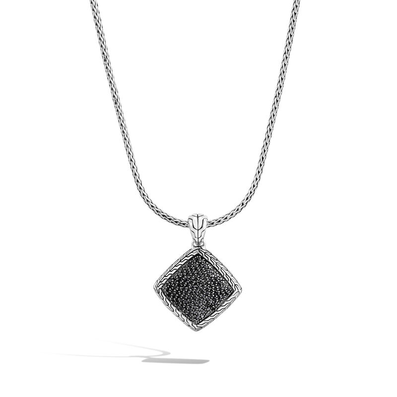 Classic Chain Pendant Necklace in Silver , Treated Black Sapphire, large