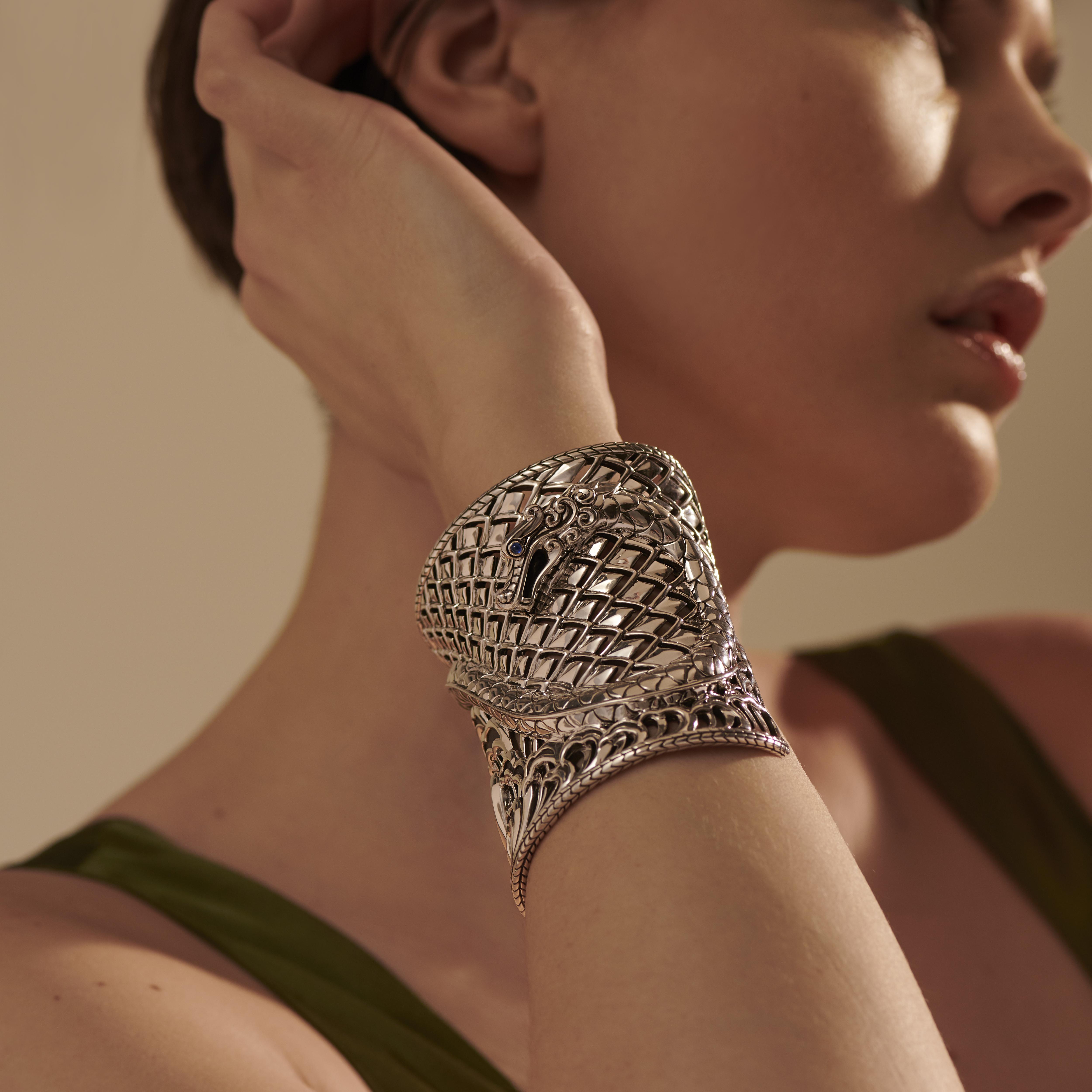 Legends Naga Cuff in Silver, , modelview