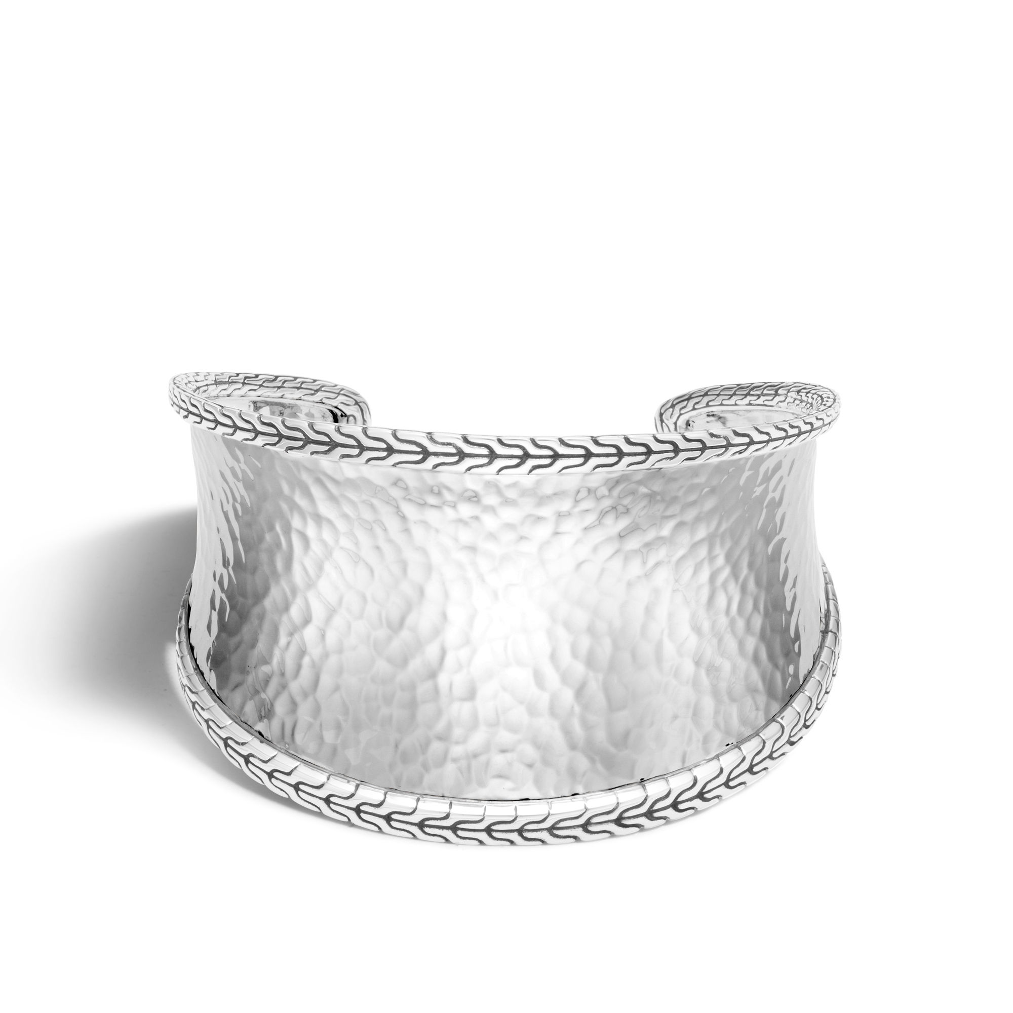 Classic Chain 42.5MM Cuff in Hammered Silver, , large