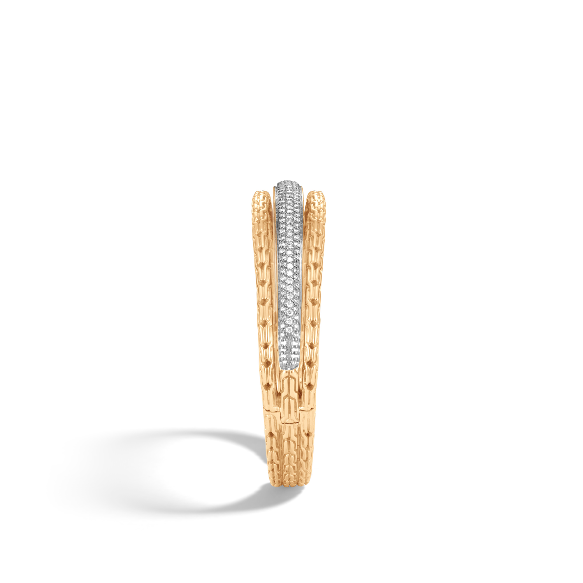 Classic Chain 14MM Cuff in 18K Gold with Diamonds, White Diamond, large