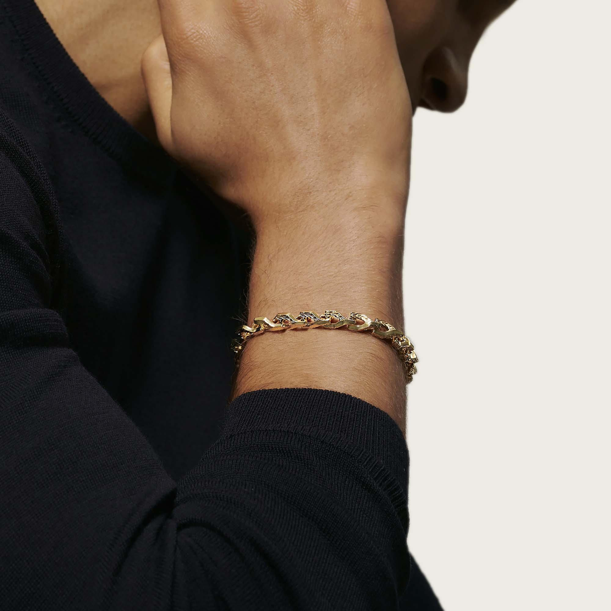 Asli Classic Chain Link Bracelet in 18K Gold, , modelview