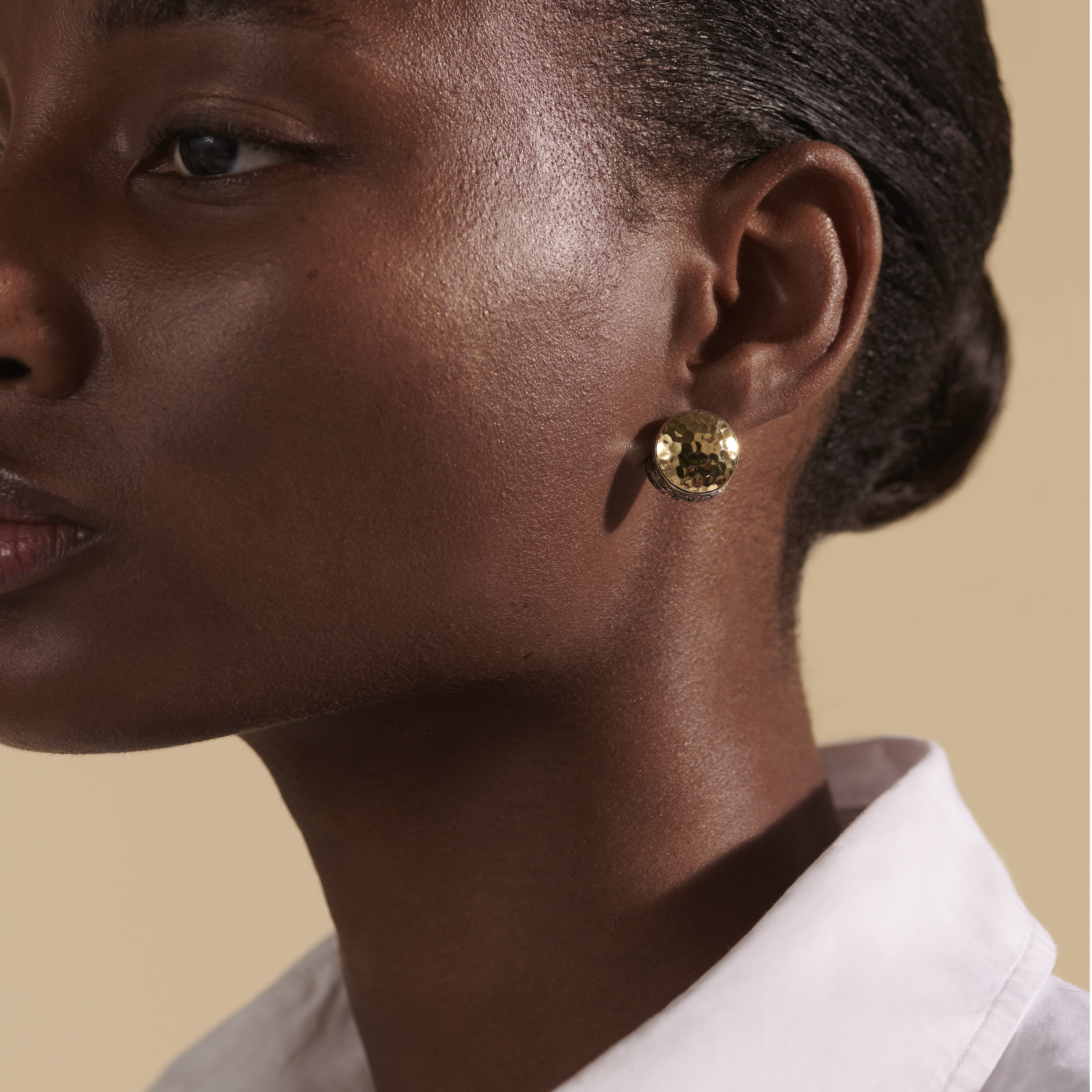 Classic Chain Reversible Earrings, Hammered 18K Gold, Silver, , modelview