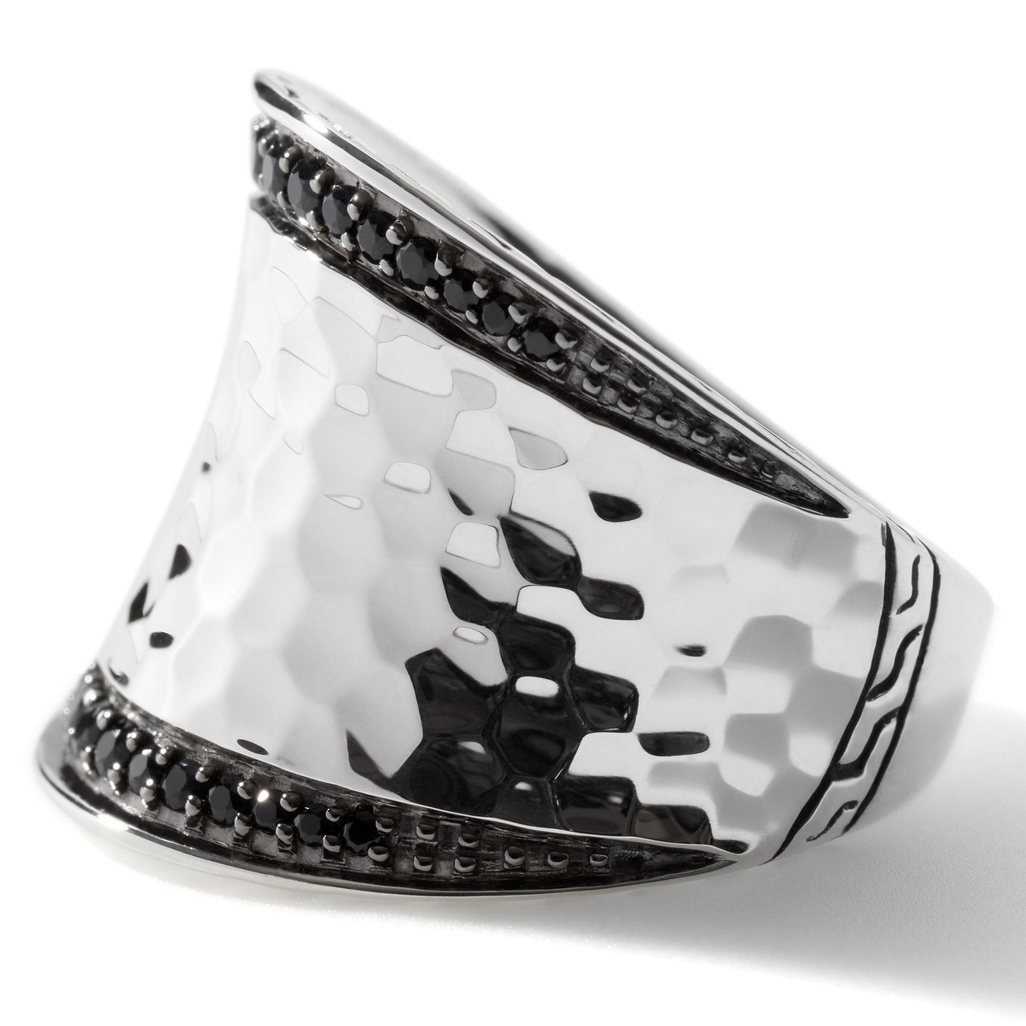 Classic Chain Saddle Ring in Hammered Silver with Gemstone, Black Sapphire, large